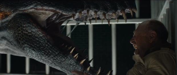 Jurassic World: Fallen Kingdom: Khủng long hay loài người đang bị đe dọa diệt vong?