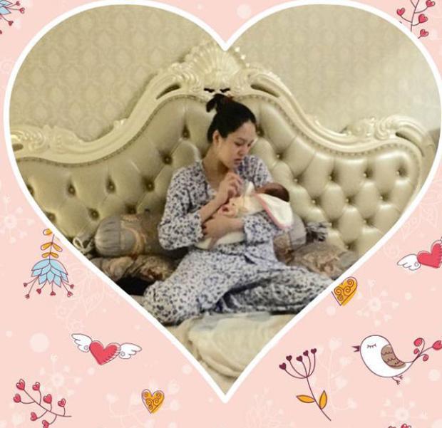 Nửa năm sau khi kết hôn, Á hậu Hoàng Anh và ông xã chào đón bé gái đầu lòng vào ngày 20/9/2017. Cô công chúa nhà Á hậu nặng 3kg, được đặt tên thân mật là Na.