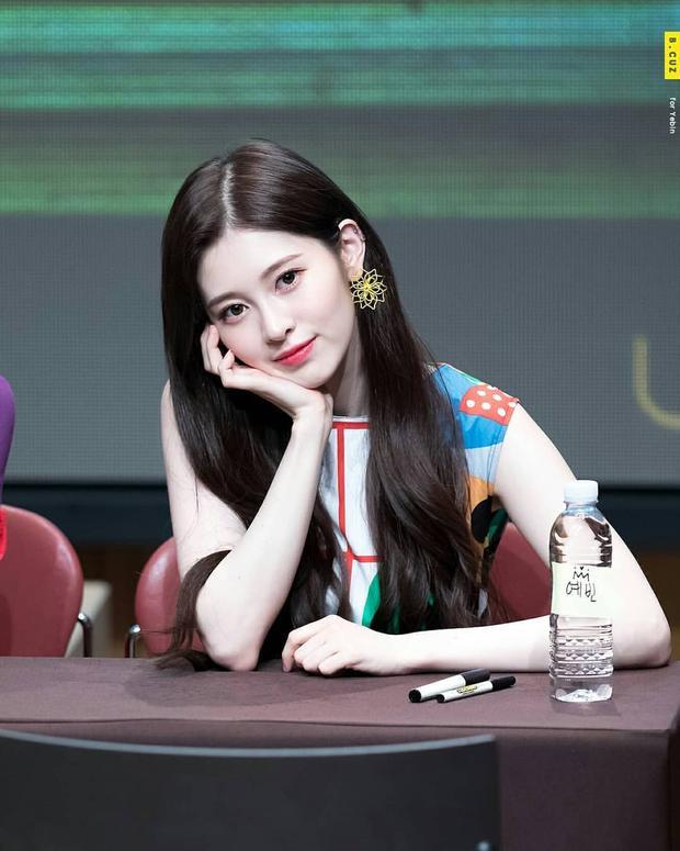 Riêng thành viên Yebin sau khi lọt top chiến thắng chương trìnhThe Unit thì vẫn đang bận rộn quảng bá với UNI.T nên không rõ cô nàng có thể tham gia đợt comeback này với DIA hay không.
