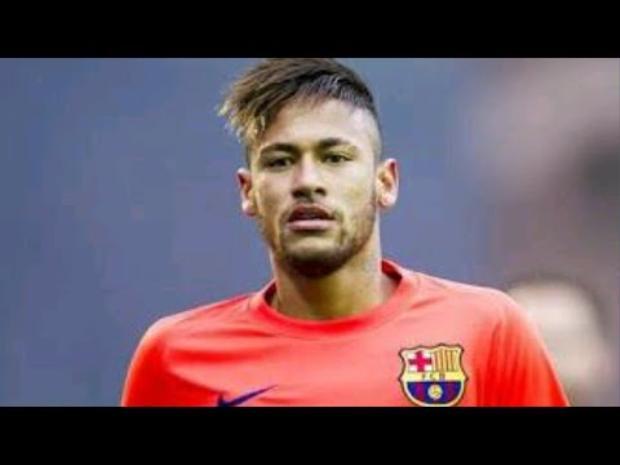 Neymar da Silva Santos Júnior, thường được biết đến với tên gọi Neymar hoặc Neymar Jr.