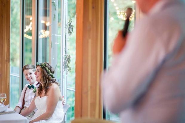Đám cưới trong rừng siêu lãng mạn của cặp đôi đồng tính nữ ở Canada