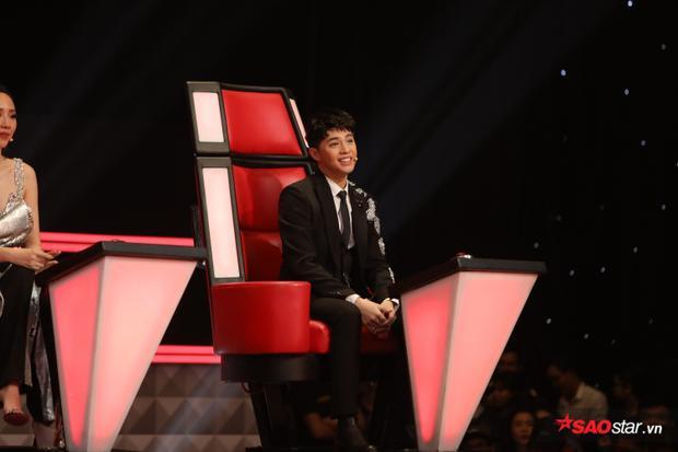 HLV Noo Phước Thịnh ngạc nhiên trước giọng hát của thí sinh giống mình đến 90%.