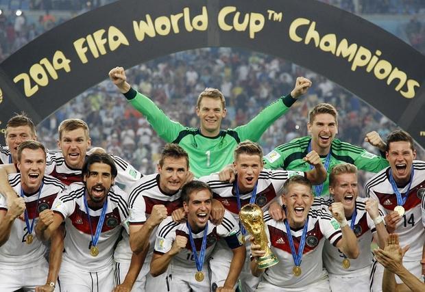 Đức phá vỡ lời nguyền World Cup khi vô địch thuyết phục trên đất Brazil.