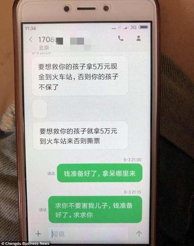 """Tin nhắn của """"kẻ bắt cóc""""."""