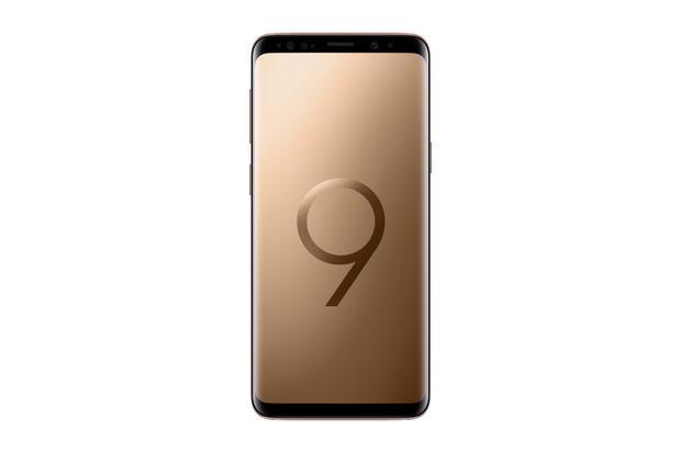 Galaxy S9+ phiên bản Hoàng Kim được bao phủ bởi một lớp satin bóng.