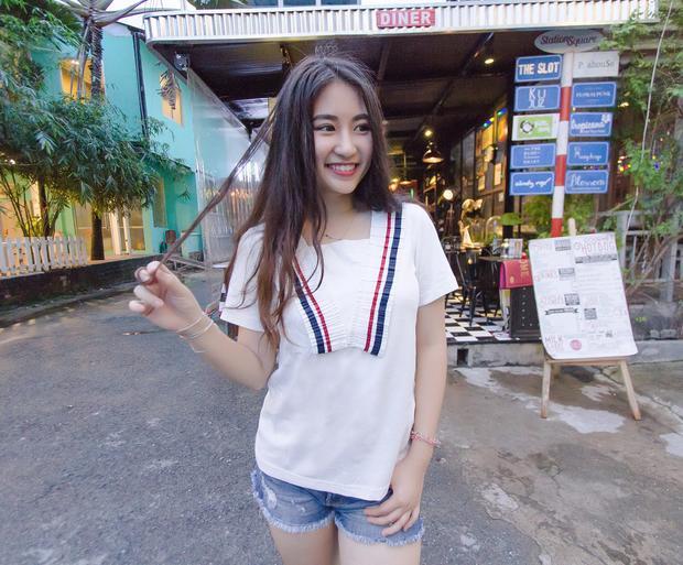 Cô bạn còn là một thủ lĩnh đầy năng động và cá tính của CLB Nghệ thuật. Đặc biệt, Minh Tâm còn nằm trong danh sách sinh viên được tôn vinh trong Lễ tôn vinh sinh viên xuất sắc của trường.