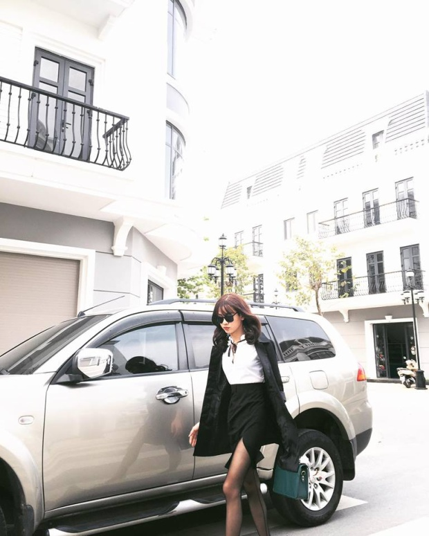 Thanh Tùng giống như một cô gái chính hiệu.