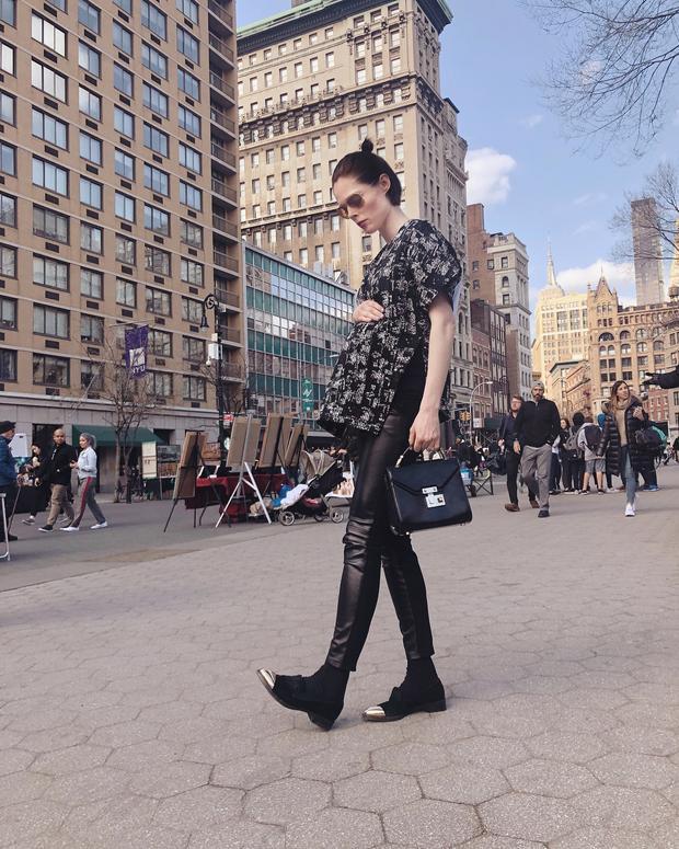 Sành điệu với thời trang bà bầu trên phố