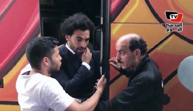 Chấn thương của Salah bị một cổ động viên vô tình vạch trần