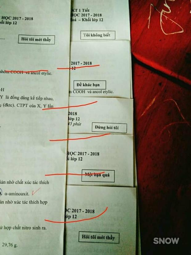 """Bộ mã đề """"bá đạo"""" không kém được cư dân mạng chia sẻ. Ảnh: Minh Trang."""