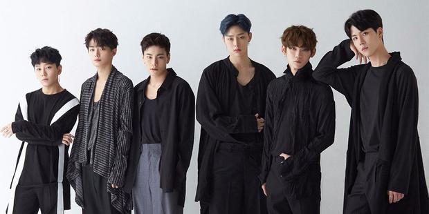 Noh Tae Hyun đã trở thành nhóm trưởng của JBJ (bìa trái).
