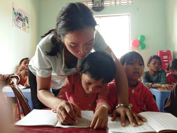 Hơn 7 năm qua, cô giáo H'Blao đã dạy nên bao thế hệ học sinh nghèo