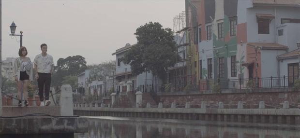MV được quay liên tục trong 72 giờ tại thị trấn Malacca của Malaysia.