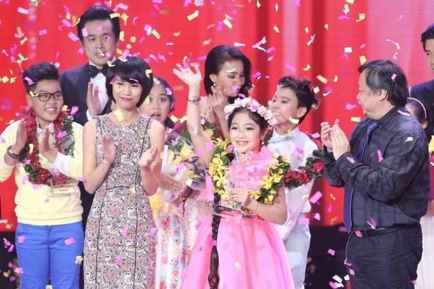 Ấm lòng với câu chuyện xúc động của các Quán quân Giọng hát Việt nhí bên gia đình