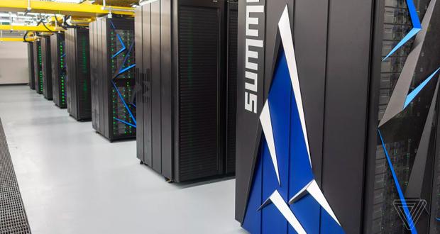 """Summit cho phép các nhà nghiên cứu áp dụng công nghệ máy học vào nhiều lĩnh vực như vật lý năng lượng cao và sức khoẻ con người, theo ORNL. """"Phần cứng được tối ưu cho AI của Summit cũng mang tới cho các nhà nghiên cứu một nền tảng tuyệt vời để phân tích các gói dữ liệu khổng lồ và tạo ra các phần mềm thông minh thúc đẩy tốc độ nghiên cứu,"""" Jeff Lichols, Giám đốc ORNL mảng khoa học máy tính, chia sẻ."""
