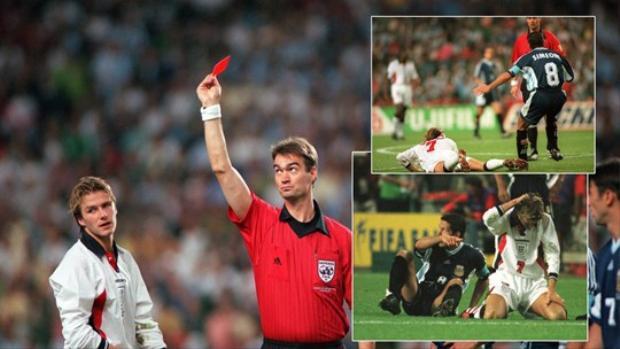 Nhưng sang hiệp 2, Simeone và Bekham mới là tâm điểm khi Beckham bị đuổi sau khi có màn trả đũa trẻ con với Simeone
