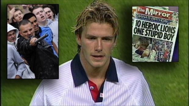 Sau chiếc thẻ đỏ này, Beckham đã bị cả nước Anh lên án, thậm chí suýt bị giết