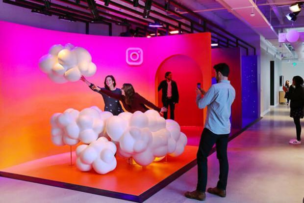 Nơi làm việc siêu đẹp đúng chất sống ảo của Instagram!