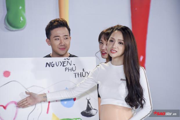 Hương Giang làm khán giả phì cười với lời giải thích về bức tranh mang thông điệp là tên con của mình.