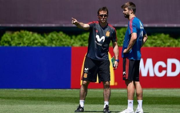 Julen Lopetegui đang phủ lên đội tuyển Tây Ban Nha một bầu không khí căng thẳng