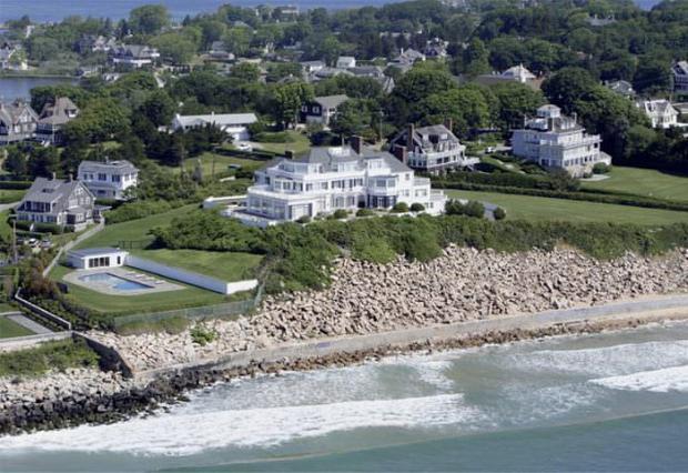 Hé lộ căn biệt thự 24 triệu USD nội bất xuất, ngoại bất nhập nơi Taylor Swift chỉ dành để xõa với bạn bè