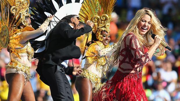 Khó tin nhưng có thật: bản hit này của Shakira đã không lọt top 10 ca khúc World Cup của Billboard!