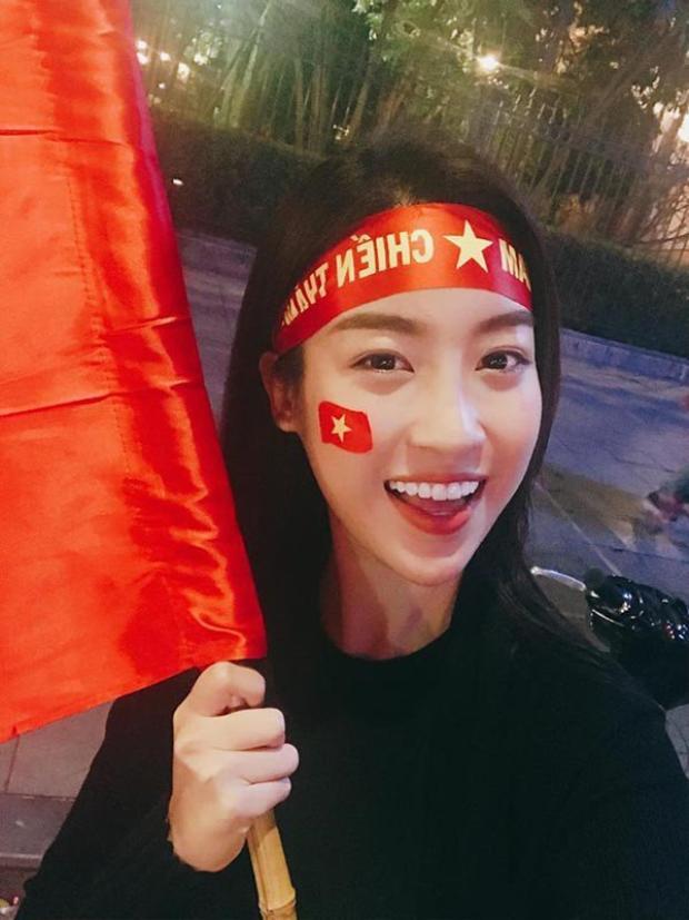 Hào hứng xuống đường cổ vũ cho đội tuyển U23.