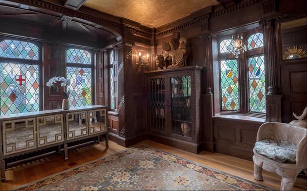 Tin cực vui cho fan Harry Potter: Xuất hiện ngôi nhà giống hệt trường Hogwarts