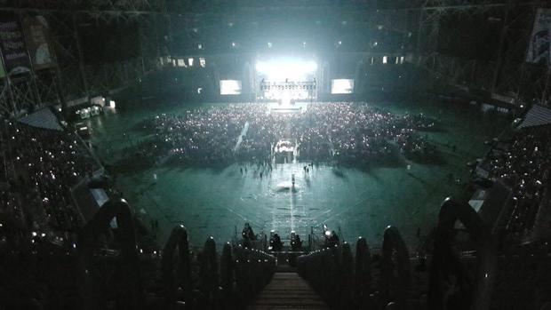 Bức ảnh được chụp ngay lúc Britney đang biểu diễn.