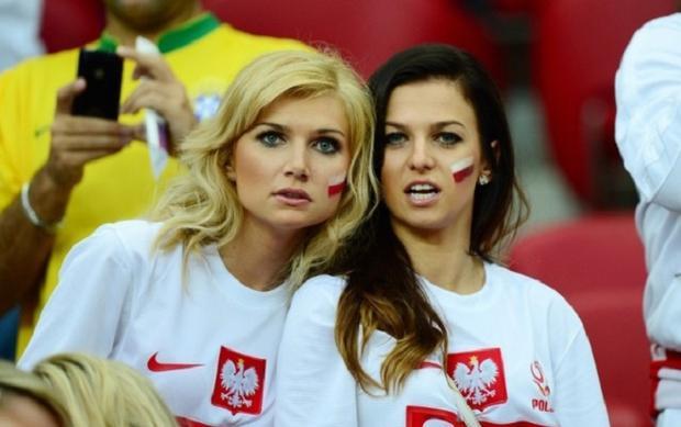 Anna Stachurska - vợ của Lewandowski cũng rất hâm mộ bóng đá.