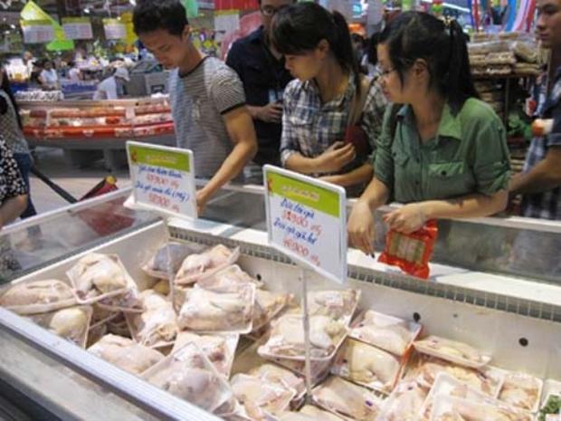 """Trên thực tế, sản phẩm """"gà dai Hàn Quốc"""" đã nhập khẩu về và bán với giá rất rẻ tại các siêu thị."""