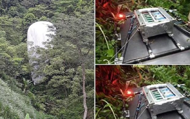 Hình ảnh về vật thể lạ từ trên trời rơi xuống được đăng tải trên mạng xã hội