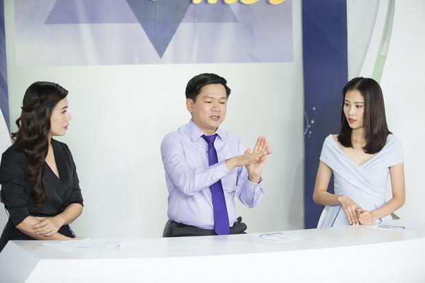 Bác sĩ Tú Dung chia sẻ quá trình nâng mũi S Line PLus cho Việt Trang.
