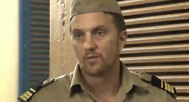 Sĩ quan người Pháp vẫn dành trọn lòng tin cho Bạch Trà.