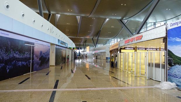 Ngắm cận cảnh tổ yến khổng lồ của sân bay quốc tế Cam Ranh trước ngày khai trương