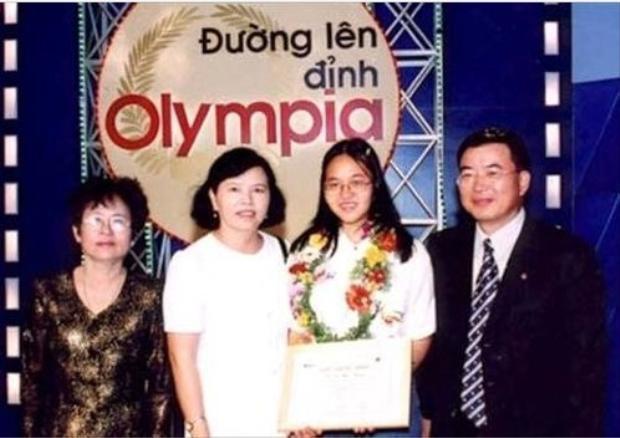 Điểm mặt 6 cô gái làm nên kì tích trong chương trình Đường lên đỉnh Olympia