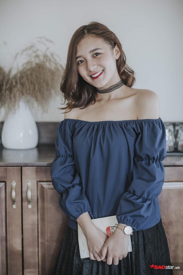 Nữ sinh trường báo trở thành MC truyền hình khi chưa tốt nghiệp ĐH.