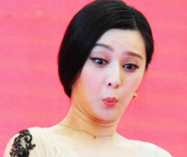 Fan Hoa ngữ tức giận khi Dispatch Hàn Quốc dìm tới bến nhan sắc của Phạm Băng Băng