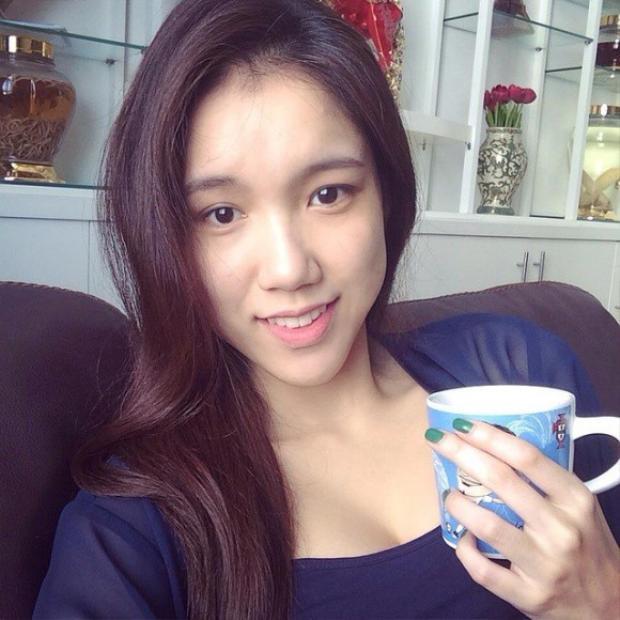 Theo thời gian, nhan sắc của Thùy Linh đã thay đổi, xinh chẳng kém các hot girl.