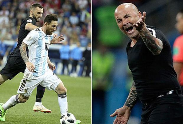 Nhiều cầu thủ Argentina muốn HLV Sampaoli bị sa thải.