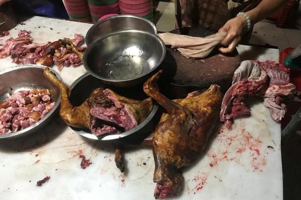 Giới chức thành phố Ngọc lâm cho biết, lễ hội thịt chó là một hoạt động tự phát, không do chính quyền đứng ra tổ chức.