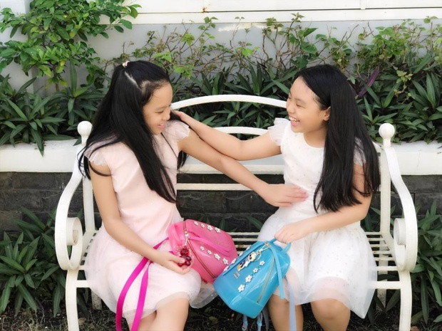 """Căn biệt thự của hai vợ chồng không chỉ đẹp mà còn hợp xu hướng """"gần gũi với thiên nhiên"""" đang được nhiều sao Việt hiện giờ rất yêu thích."""