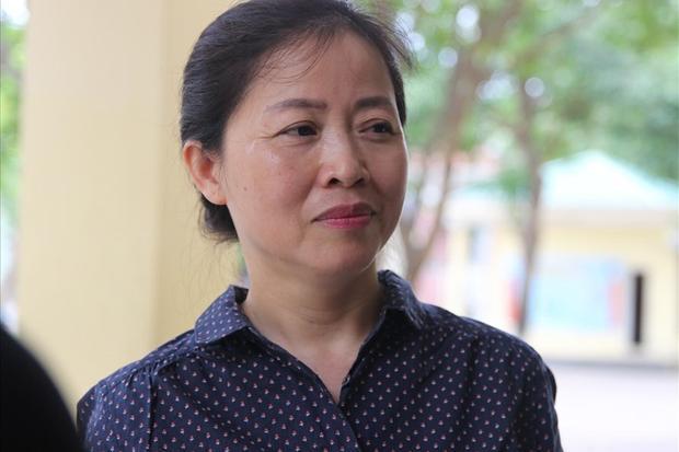 Bà Nguyễn Thị Thanh Vân thí sinh đặc biệt tại điểm thi tỉnh Nghệ An. Ảnh:HL