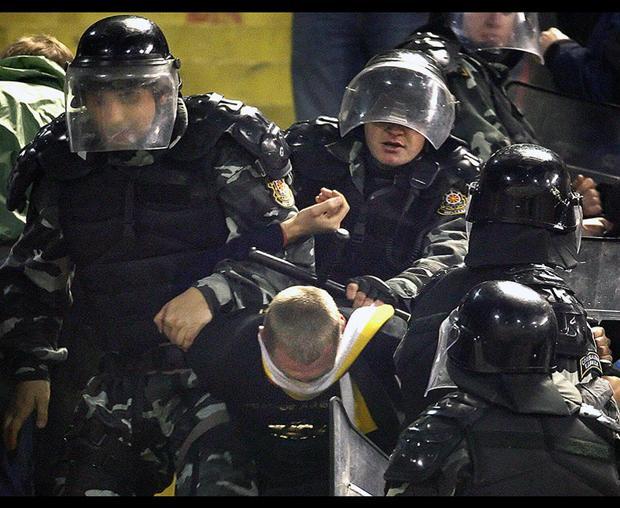 Cảnh sát Nga cam kết chống những vụ bạo động, ẩu đả trong mùa World Cup.