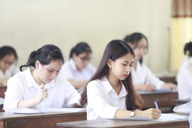 Thí sinh làm bài thi môn Ngữ Văn