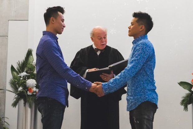 Nhân tháng tôn vinh những điều đẹp nhất của LGBT, hãy cùng điểm lại những đám cưới đồng tính đình đám trong showbiz Việt