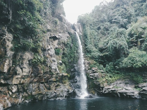 Sở dĩ gọi là giếng Trời vì ở đây có một hồ nước rất sâu và phía trên là ngọn thác lớn đổ nước xuống. @tung_max_96