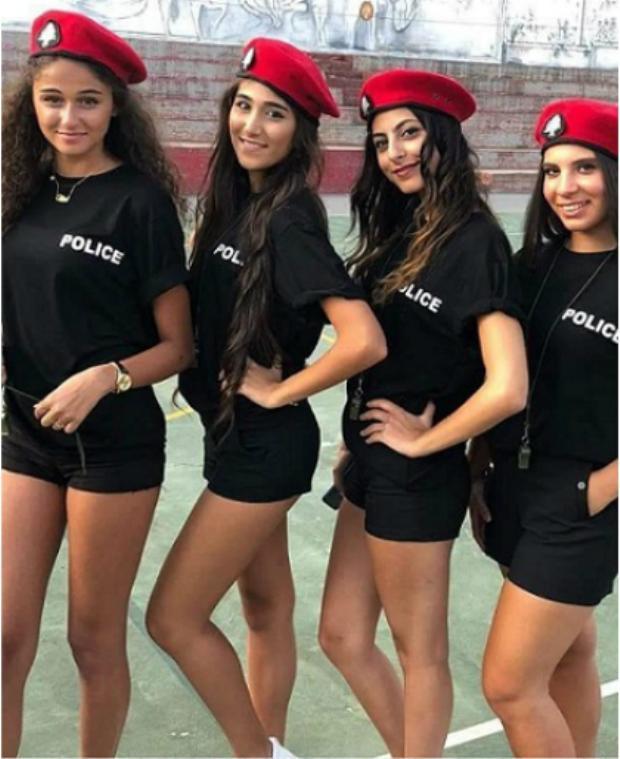 Thị trấn Trung Đông hút khách nhờ dàn cảnh sát xinh như hot girl