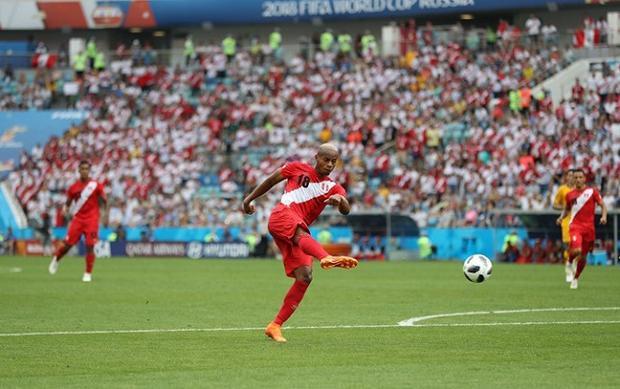 ĐT Peru tỏ ra sắc bén trong những pha tấn công. Ảnh: Fifa.com.