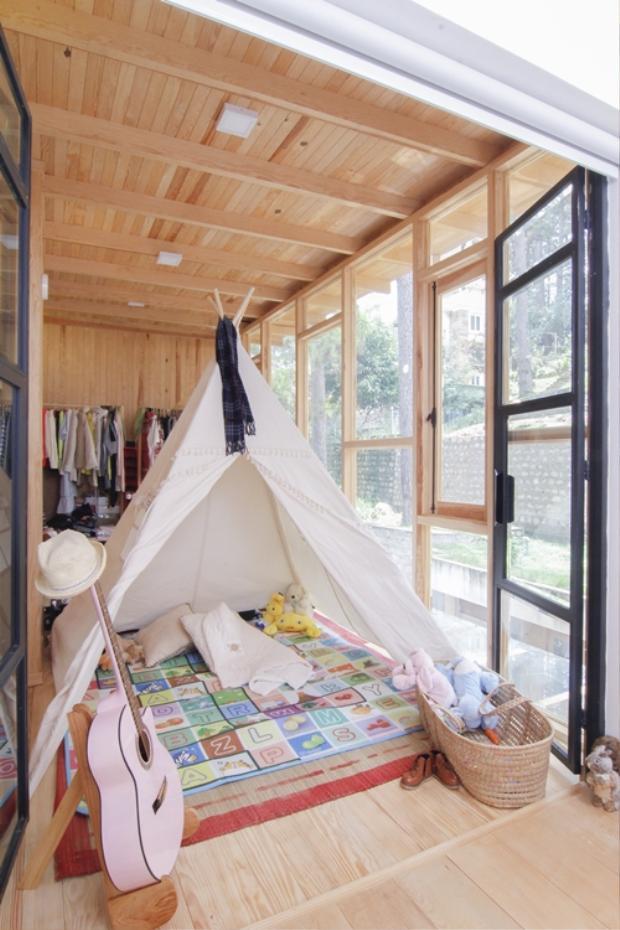 Phòng ngủ của bé Bồ Câu.